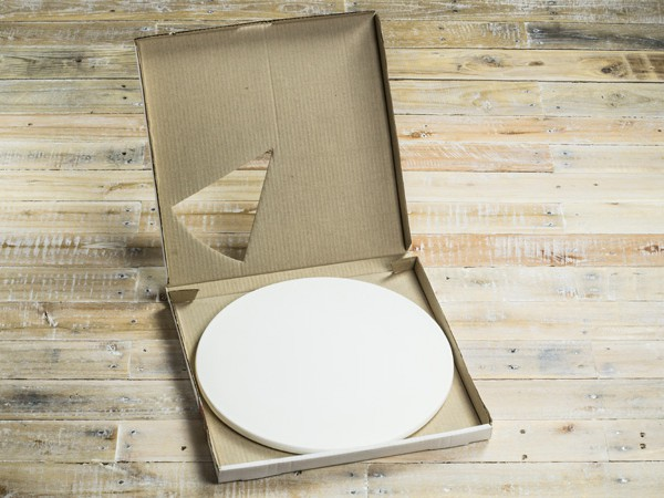 NilTherm™ pizza stone in box